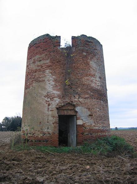 Moulin de aucamville for Piscine du moulin a vent