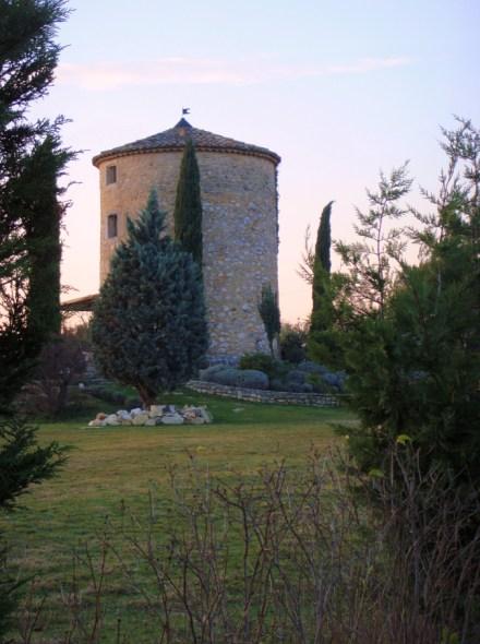 Moulins de bonnieux - Conteneur transforme en habitation ...