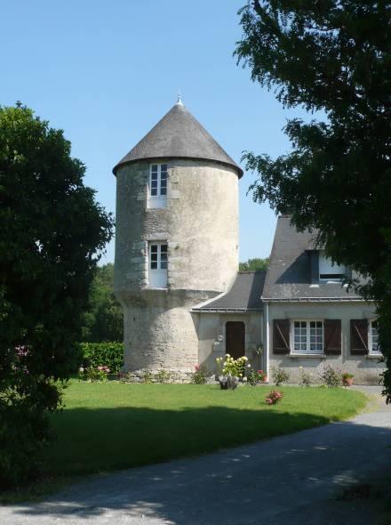 Moulin le grazo camo l - Conteneur transforme en habitation ...