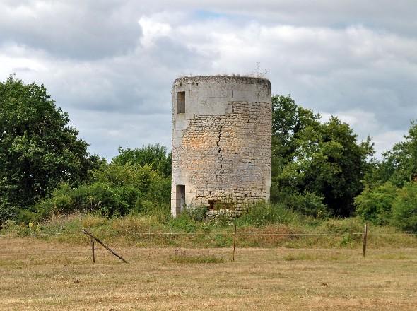 Moulins de Pons ~ Bois Bernard Mairie